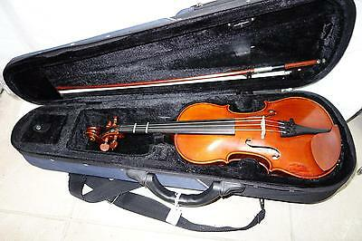 1/2 Kreisler Violin Good Tone with case and bow