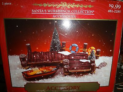 Santa's Workship Pier Set of 2  New in Box