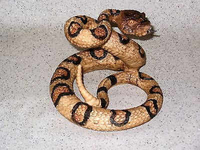 NEW~Rattlesnake Coiled to Strike! Western Tribal Decor Nice Detail