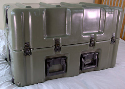 HARDIGG Pelican 33x21x20 Wheeled Medical Supply Chest #6 w/Divider, Pressure Rel
