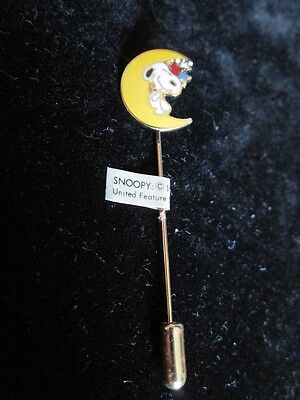 Aviva Cloisonne Snoopy Lying In The Moon Stick Pin New, Mint!