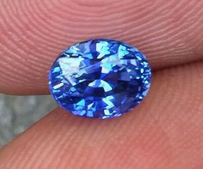 Unheated Ceylon Blue Sapphire - Certified - 1.74 Carats - Natural - Oval Cut