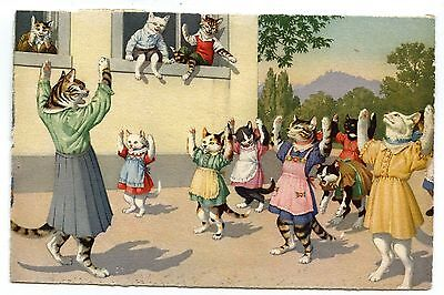 """CHATS HUMANISéS."""" ECOLIERS A LA GYM"""".HUMANIZED CATS.""""PUPILS IN THE GYM"""".CATZES."""