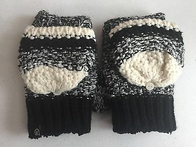 NEW Women's Isotoner Black/White  Soft Sherpa Lined Convertible Gloves One Size