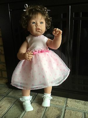 Lee Middleton Playing Mommy Easter Spring Toddler New Condition Beautiful