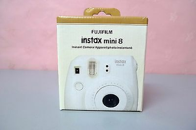 Fujifilm Instax Mini 8 Instant Film Camera WHITE * New in Box *