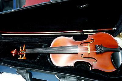 1/4 Kreisler Violin Good Tone with case and bow