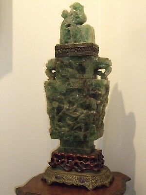 """""""DRAMATIC"""" Early 20th.Century Chinese Fluorite Carving w/Flame Mahogany Table"""