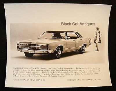 Original 1968/69 Ford Of Canada News B/W Glossy Photo Ford LTD Four-Door Hardtop