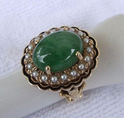 'STUNNING'  8 ct. JADEITE & Akoya Seed Pearl Ring in Heavy 18 ct. Gold Setting