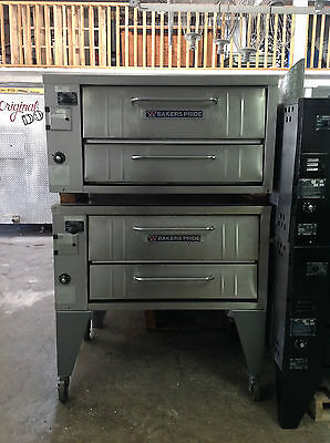 Bakers Pride Double Deck Pizza Oven NAT Gas on Casters