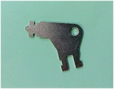 1 Key Georgia Pacific #50504 San Jamar N13EZ 1416 Paper Dispenser Keys