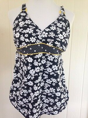 Motherhood Maternity Women's Halter Tankini Swim Top Plus Size 1X Black & White