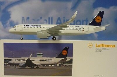 Limox Wings 1:200 Airbus A320neo Lufthansa D-AINA  LH38 + Herpa Wing Katalog