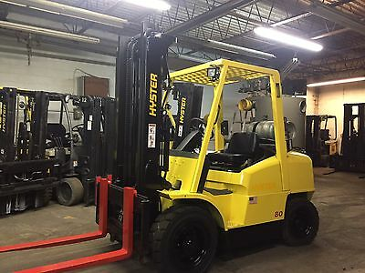 Hyster Pneumatic 8000 Pound Forklift With Sideshift