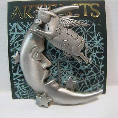 Attractive Vintage Artifact JJ Jonette Jewelry Pewter Pin   Cow Jumps Over The Moon