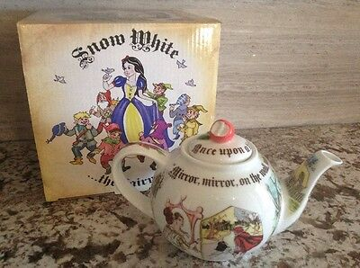 "New IOB Cardew ""Snow White"" 2 cup, 18 oz Teapot"