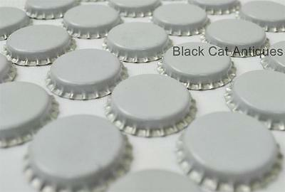 Lot of 100 WHITE/BLANK Vintage Unused Soda Crown Crowns Caps NOS Pop