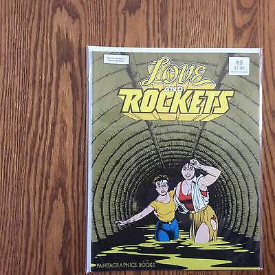 Love And Rockets #9 1984 Fantagraphics Books Vf....