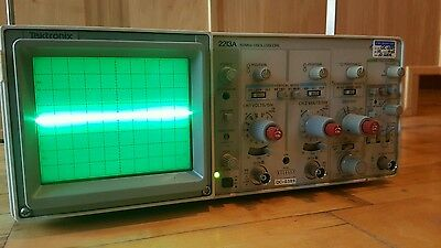 TEKTRONIX (2213A) 60MHz Analog OSCILLOSCOPE 2-Channel ZELLWEGER ANALYTICS