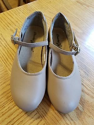 Girls Dancing Fair Beige Tap Shoes Size 1
