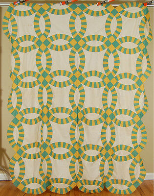Large BEAUTIFUL Vintage 30s Yellow & Green Double Wedding Ring Antique Quilt Top