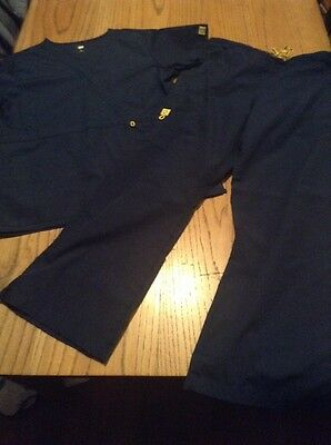 Womens Wonderwink Navy Blue Cargo Scrub Set Size Medium Petite, Euc