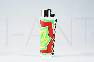 1x Clipper Leaves Refillable Full Size Lighter With Rubber Cover GYR Light Green