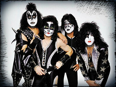 Kiss Gene Simmons Ace Frehley Paul Stanley Rock Band 8X10 Photo Photograph #5
