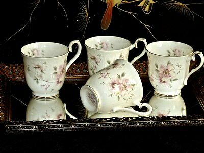 Wonderful Vintage Bone China Royal Albert Coffee Mugs 'breath Of Spring' C 1984