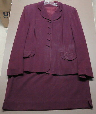 Vintage 1940s SWANSDOWN Forstmann WOOL  Womens Sz 12  PLUM SKIRT & JACKET SUIT