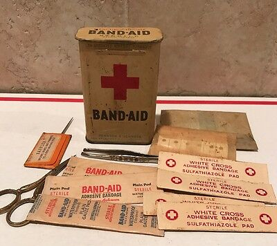 Vintage Johnson&Johnson Band-Aid Metal Tin With Contents 1930's-1940's