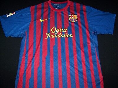 2bc989433 Barcelona Soccer Jersey FC Football Club FCB Nike Qatar Spain shirt size L