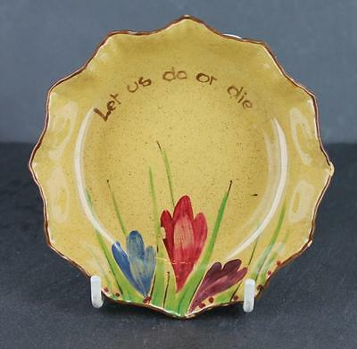 Rare Art Deco period GOSS handpainted COTTAGE POTTERY fluted CROCUS pattern DISH