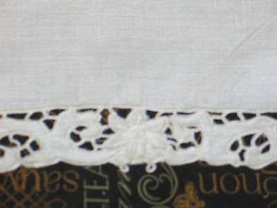6 pc set Antique VTG MADEIRA Hand Embroidery Ivory Linen Lace Placemats~5~Runner