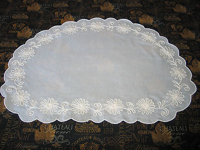 15 Pc Set Gorgeous VTG Embroidered~7 Placemats~ 8 Napkins-Daisy