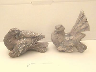 Pair of Doves Sitting, Animal Figurines, by Dick Hsiao