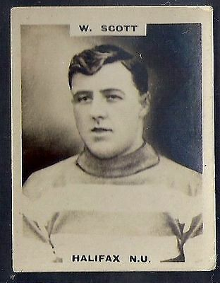 Pinnace Football-Pinnace Back-#1035- Rugby - Halifax N.u. - W. Scott