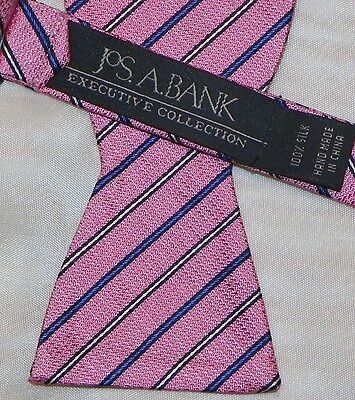 JOS.A.BANK { EXECUTIVE COLLECTION }  men's BOW TIE 100% Silk Made in China