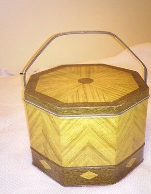 Vintage Loose-Wiles Biscuit Company tin can