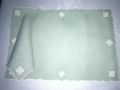 16pc Set Pale Green Linen Placemats + Napkins Hand Embroidered Shamrocks Madeira