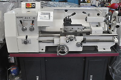 1.5HP Geared Head Metal Lathe, 38mm Bore 240V, 320x600mm with Power cross feed