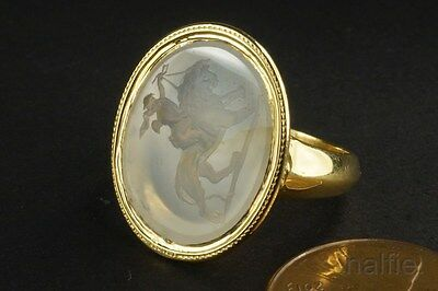 FINE QUALITY ANTIQUE 9K GOLD AGATE CUPID / EROS & LION SIGNET RING c1800