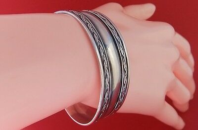 Vintage 925 Sterling Silver & Black Oxidized Patterned Cuff Bangle