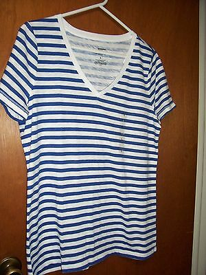 NWT Sonoma women's blue & white striped v-neck short sleeve t-shirt size L