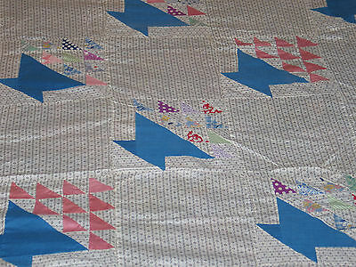 CHARMING Antique Primitive 1900s Hand Pieced~FLOWER BASKET Quilt Top