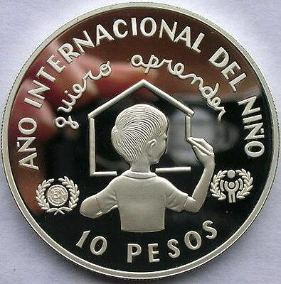 Dominican 1982 Year of The Child 10 Peso Silver Coin,Proof