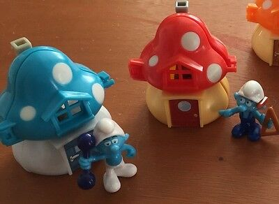 Smurf Houses Giant Maxi Kinder Surprise Eggs Toys (Only Toy)