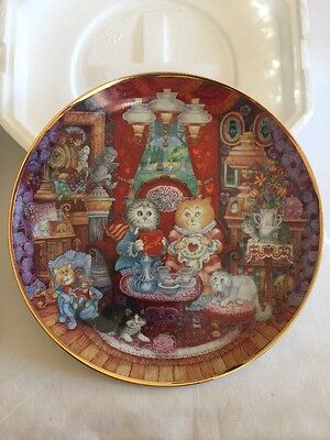"""Franklin Mint Fine Porcelain """"Whisker Wuv """"  Collectible Plate"""