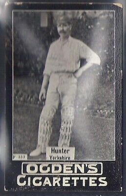 Ogdens Tabs-Series F Cricket Card-#f333- Yorkshire - Hunter